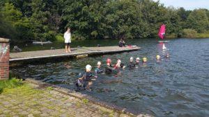 10k Schwimmen 2015 3 300x169 - 10.000m-Schwimmen im Unisee