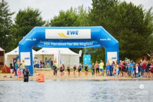 135 so medien triathlon 20171 300x200 - Löwen beim Grotegaste-Triathlon 8.-9. Juli 2017