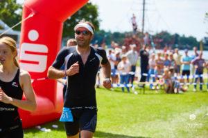 594 so medien triathlon 20171 300x200 - Löwen beim Grotegaste-Triathlon 8.-9. Juli 2017