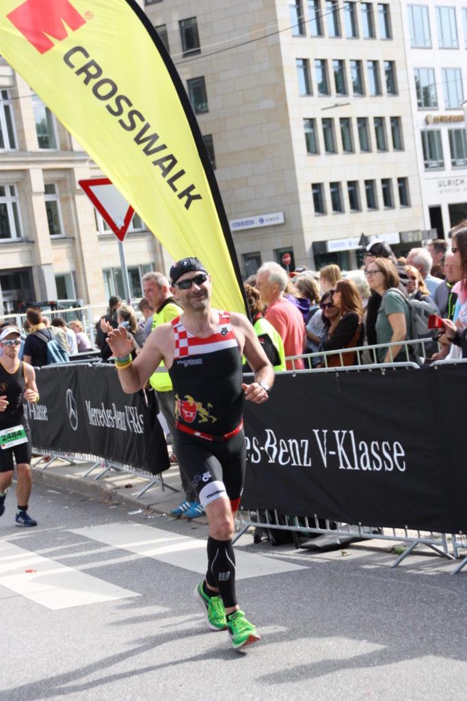 IMG 4228 683x1024 - Triathlöwen beim IRONMAN Hamburg 2017